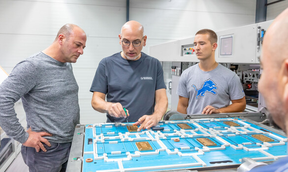 Practical training on all aspects of die-cutting and refining of paperboard packaging. | © Marbach Group