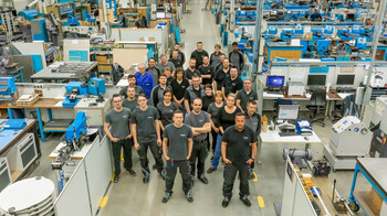 Group picture of employees in the cutting-die production at Marbach | © Marbach Group